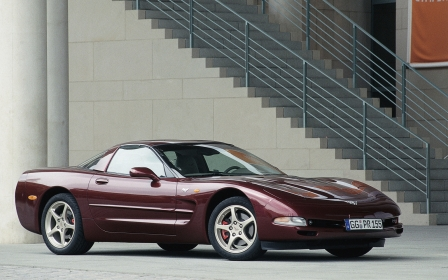 Chevrolet - Corvette C5 50th Commemorative Edition